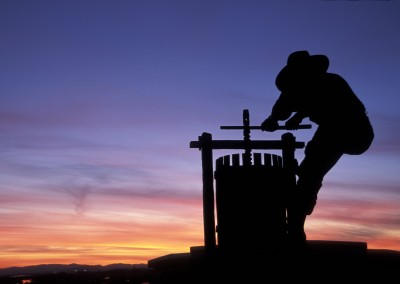 Napa-Wine-Guy-Statue-Sunset